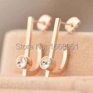rose gold plated brand letter D crystal stud earrings for women pendientes mujer,korean fashion earrings jewellery lots brinco(China (Mainland))