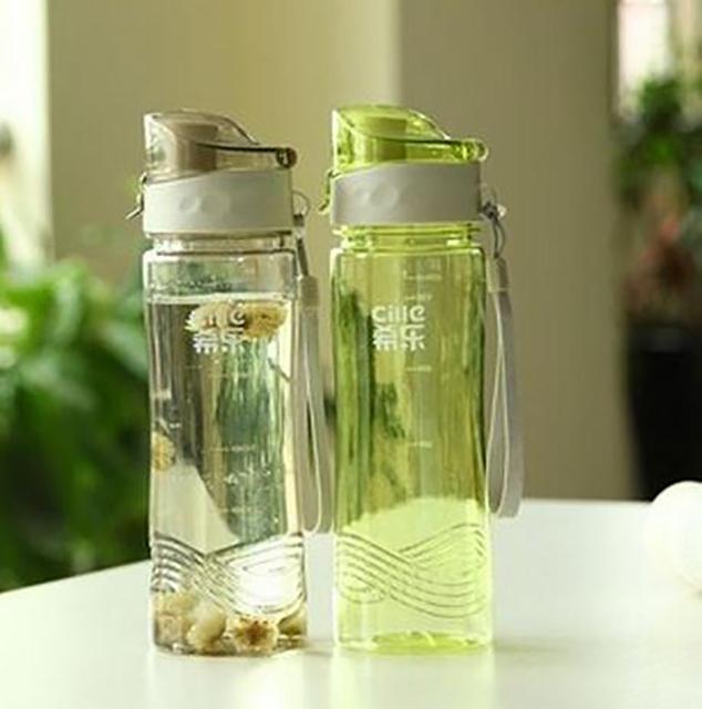 2015 новый спорт бутылки воды портативный пластиковые открытый отдых на природе бутылки с водой спорт бутылки бутылка для спорта фляжка бутылка для воды 620 мл