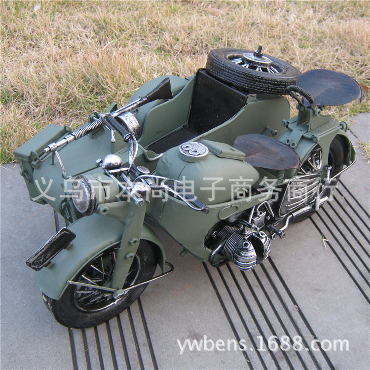 Iron sidecar motorcycle desktop ornaments handmade crafts destroyed bucket tricycle model wedding gifts(China (Mainland))