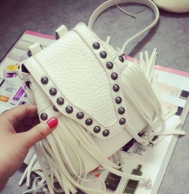 Mini sac à dos femme Rivet gland Double sac à bandoulière Punk Style sac à dos femmes sac d'école en cuir mode mochilas A279(China (Mainland))