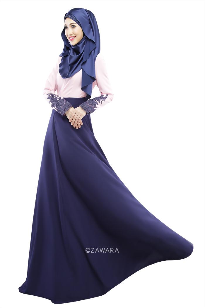 Medieval princess dress blue
