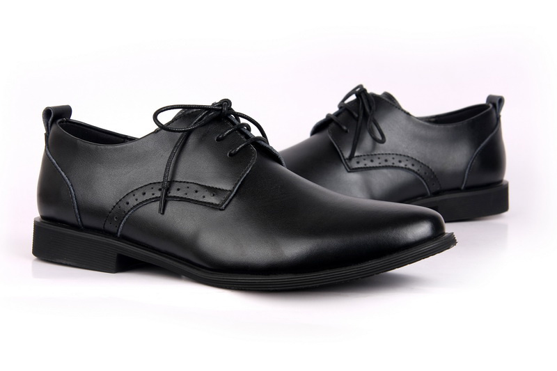Brand Name Men Genuien Leather Fashion Dress Shoes High Quality Leather Shoes black / brown size 39-45<br><br>Aliexpress