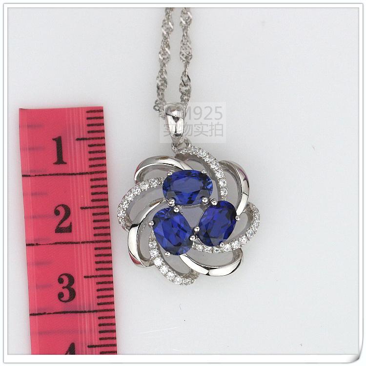 Created Sapphire(Corundum) pendant 925 Sterling Rhodium
