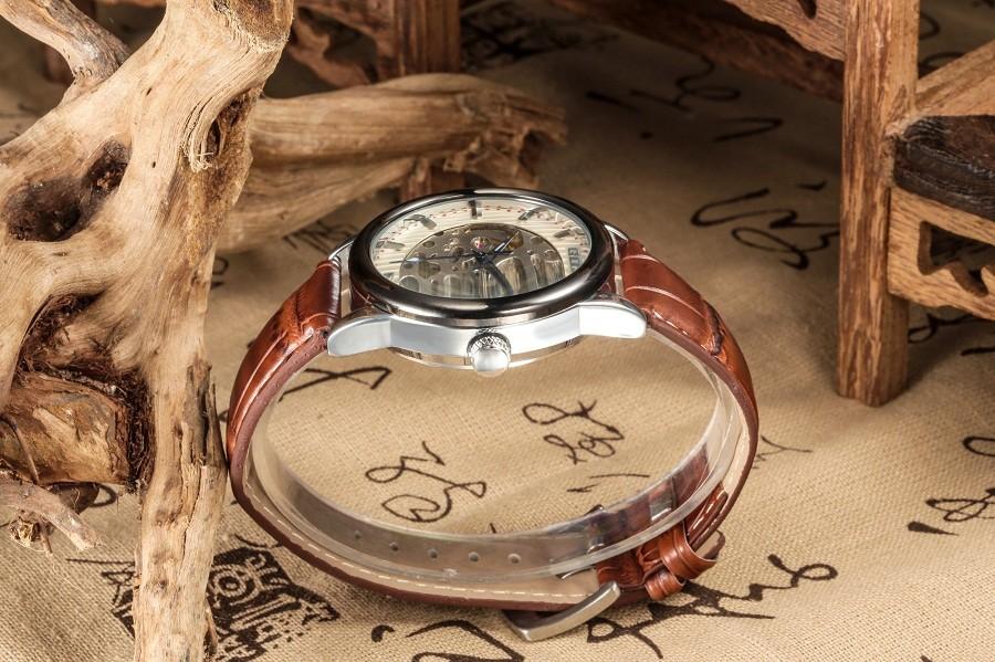 GOER марка мужская кожа наручные часы спорта водонепроницаемый механические мужской Световой Скелет Часы