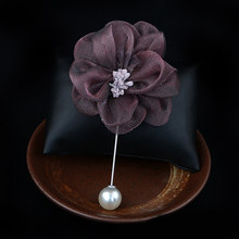 I-Remiel 2018 di Modo Nuovo Maglione Spilla Rosa Bouquet di Fiori di Camelia Lungo Ago Spille Per Le Donne Scialle Colletto Della Camicia accessori(China)