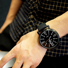 Hot Sale New Korean Fashion Brief Big Round Dial Men Women Quartz Watch Casual Retro Unisex
