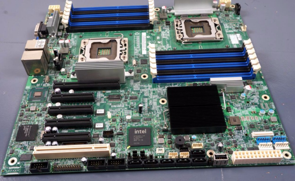 desktop motherboard s5520hc Dual X5650 1366 to open two-way server board rendering Board mainboard(China (Mainland))
