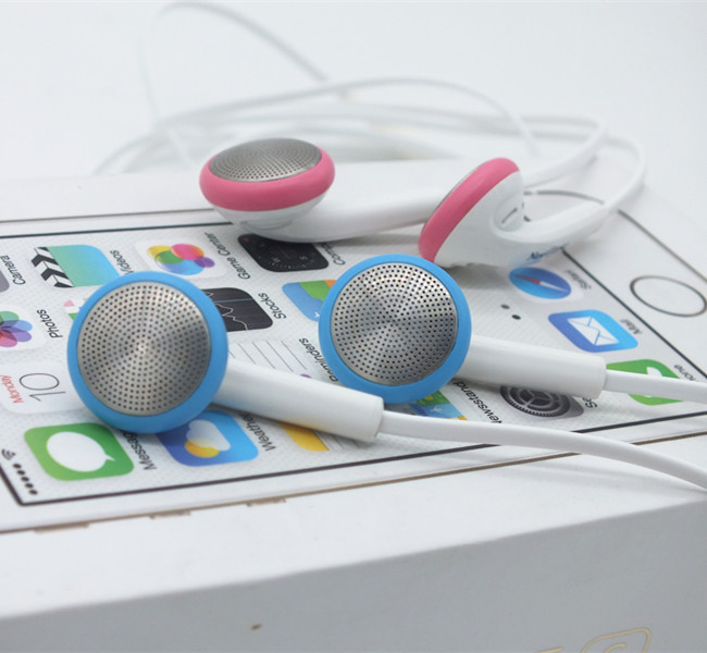 Noodles Headsets Earphones Like to listen to light music and popular music friends recommended to buy(China (Mainland))