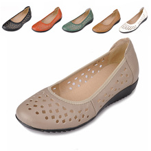 Buy Genuine Leather Women Flats Shoes New 2017 Slip On Woman Fashion Leather Loafers Brand Designer Bow Sapato Feminino Flat Shoes for $42.40 in AliExpress store