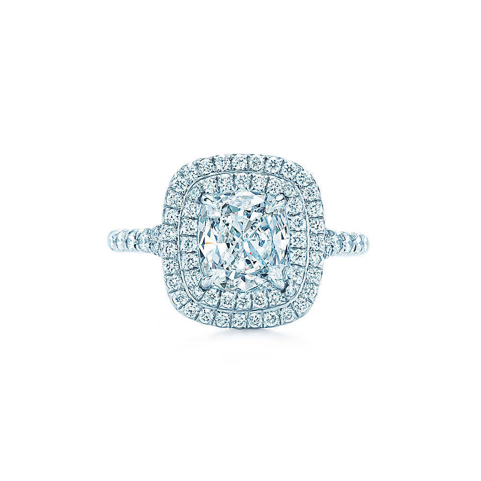 Luxury Quality SONA Wedding Ring Amazing 2 5 Carat Cushion Cut Synthetic Diam