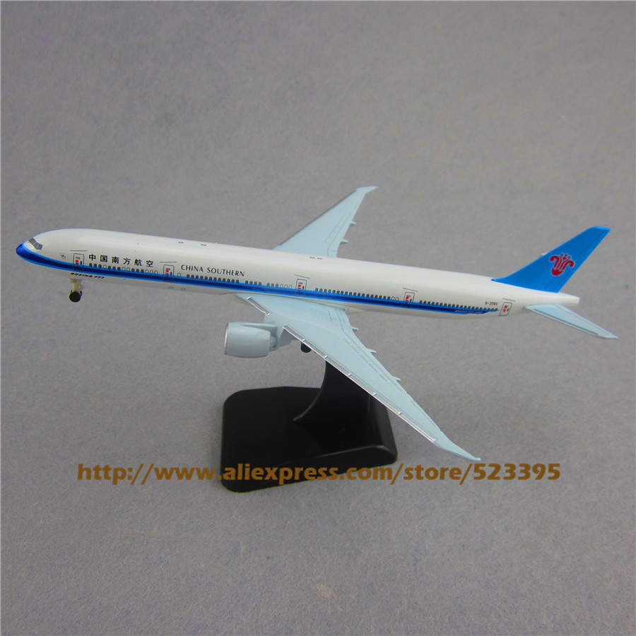 19cm Airplane Model Air China Southern Airlines B777 300ER Boeing 777 Airways Plane Model W Stand Wheels Landing Gear Aircraft(China (Mainland))