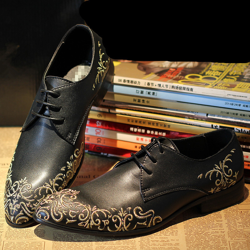 Latest Brand Designed Embroidery Fashion Red Bottom Men Flats 2015 High Quality Men Cowhide Leather Dress Formal Oxfords Shoes(China (Mainland))