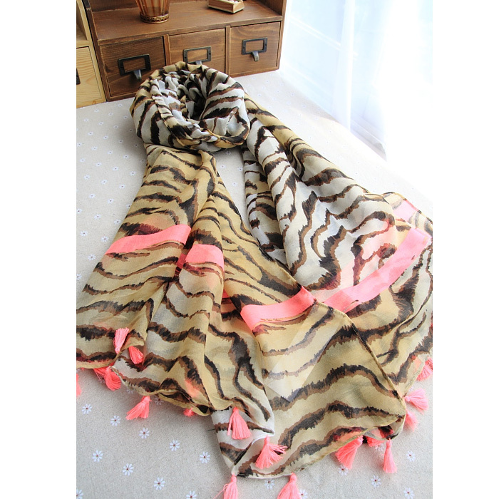 ladies scarves 2015,cotton scarf,tiger stripes print,Muslim hijab,tassel scarf,shawls and scarves,desigual spain,bandana,cape(China (Mainland))