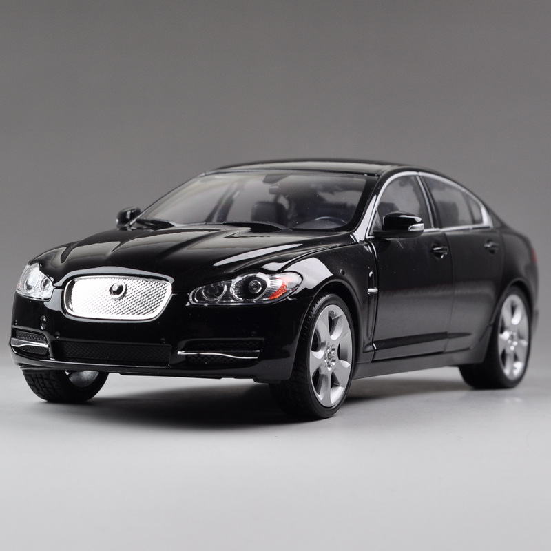 Free Shipping Large Scale Simulation Alloy Car 22497-W children's toy car Wiley alloy 1:24 cars Jaguar XF luxury sports car(China (Mainland))
