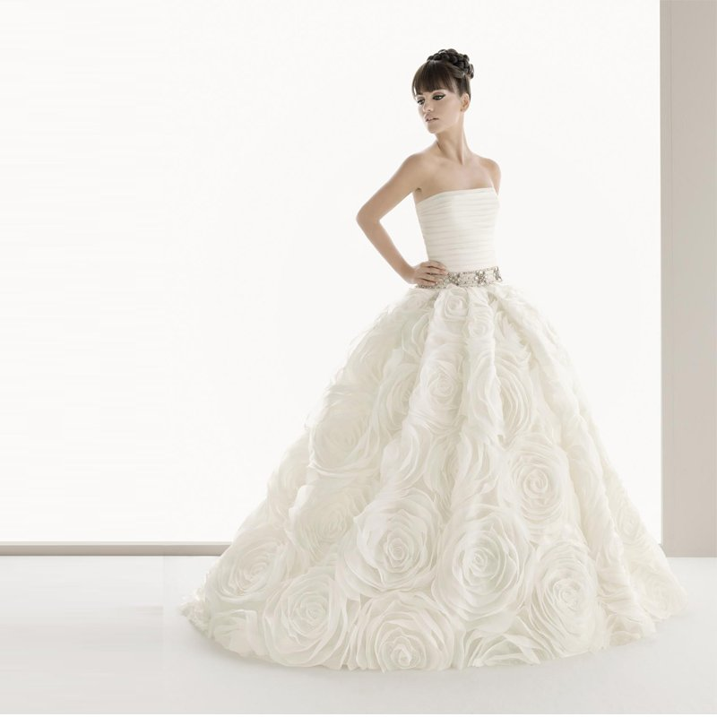 2012 imbridal hot seller big flowers strapless ball for Big ball gown wedding dress