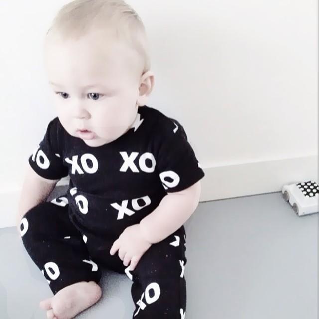 2016 summer style baby boy clothes cotton baby clothes set short sleeved letter t-shirt+pants 2pcsroupas de bebe set(China (Mainland))