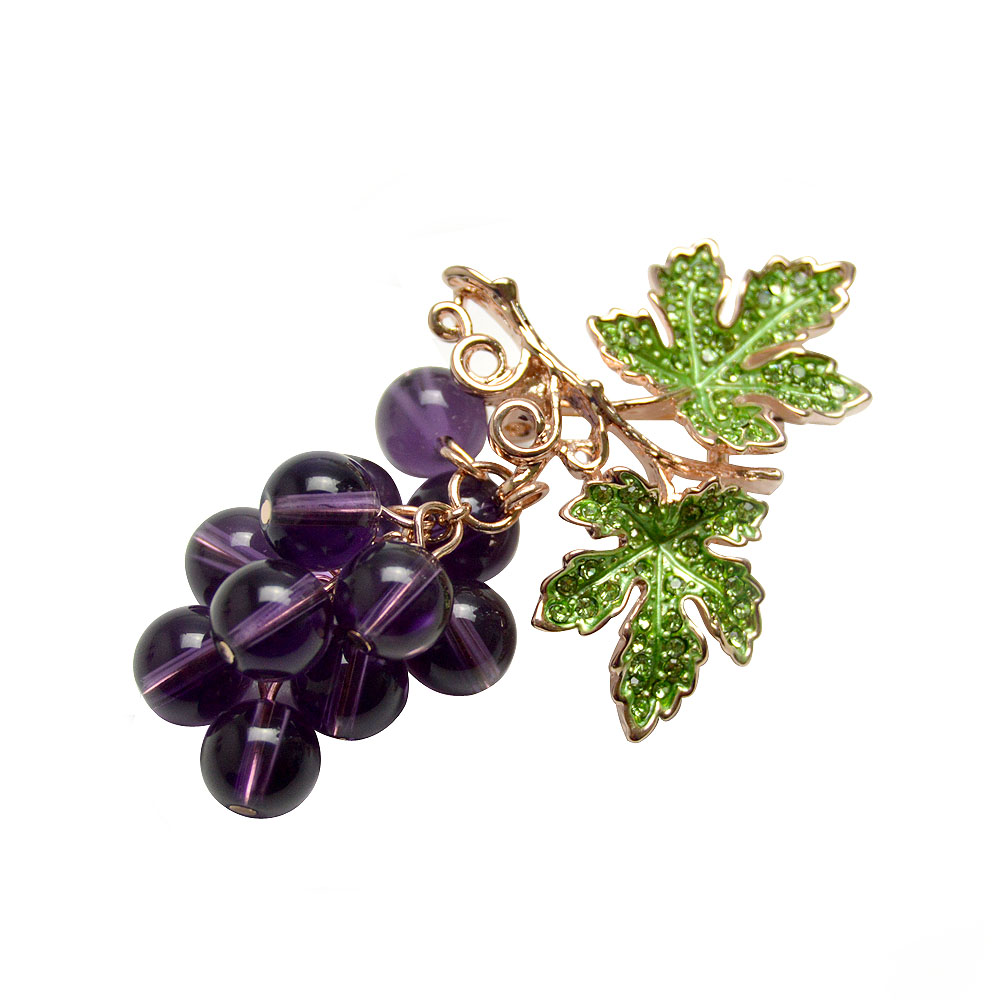New 2017 Winter Style Crystal Grape Brooches for Women Cute Luxury Brooch Pin Fashion Jewelry Elegant Wedding Brooch Bouquet Hot(China (Mainland))