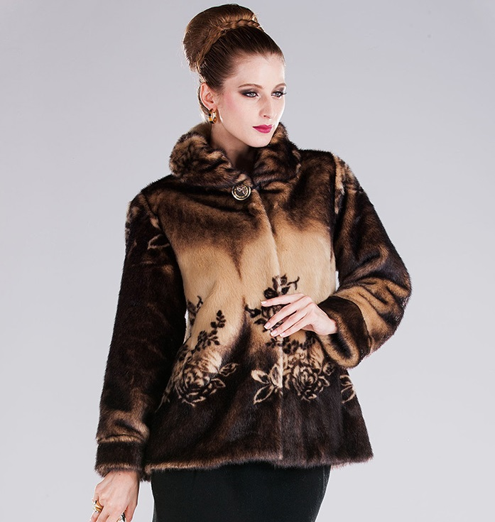 Middle-Aged And Old Women Fur Coat LUXURY FASHION MINK FUR COAT WOMEN WINTER COAT(China (Mainland))