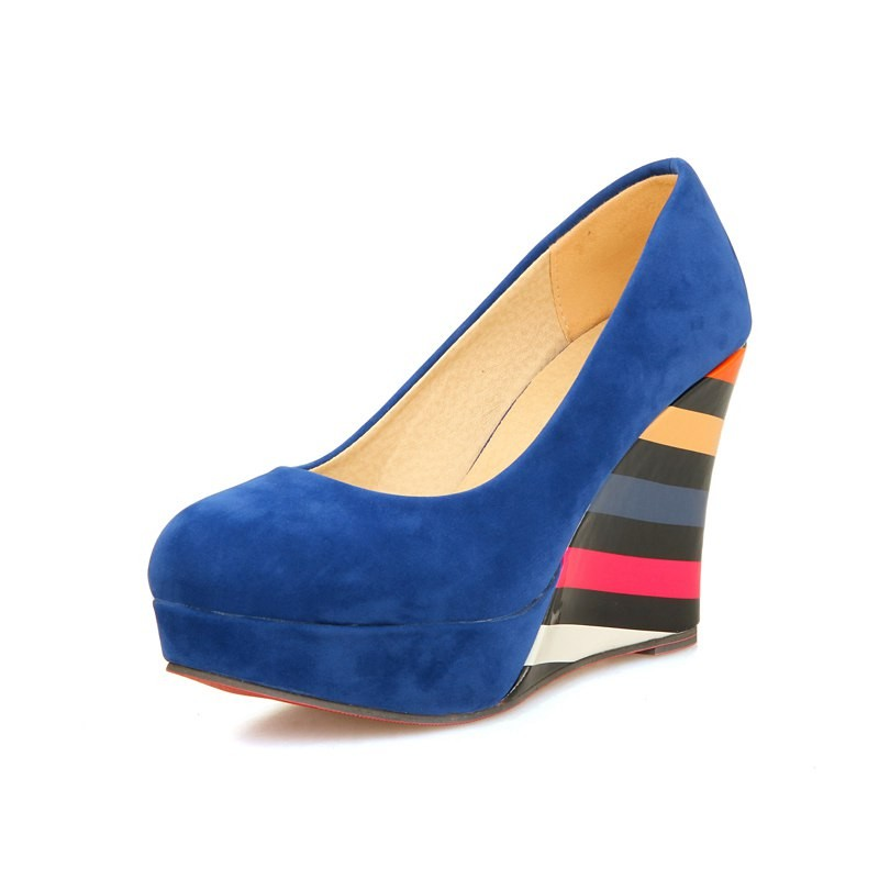 ซื้อ จัดส่งฟรี2016ใหม่มาถึงฤดูใบไม้ผลิรองเท้าเวดจ์แพลตฟอร์มปั๊มP Atchworkฤดูใบไม้ผลิสีดำรองเท้าฤดูร้อนสุภาพสตรีรองเท้าพรหมPS32