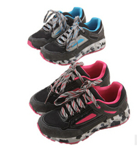 Free shipping The new 2015 female outdoor climbing shoes walking shoes 369