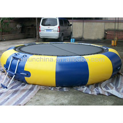 3.5m Dia inflatable water trampoline or water jumper game with ladder colour and simple logo customized(China (Mainland))