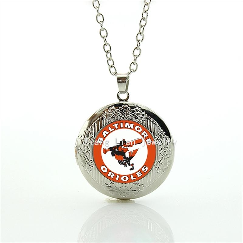 Медальон подарок девушке 63