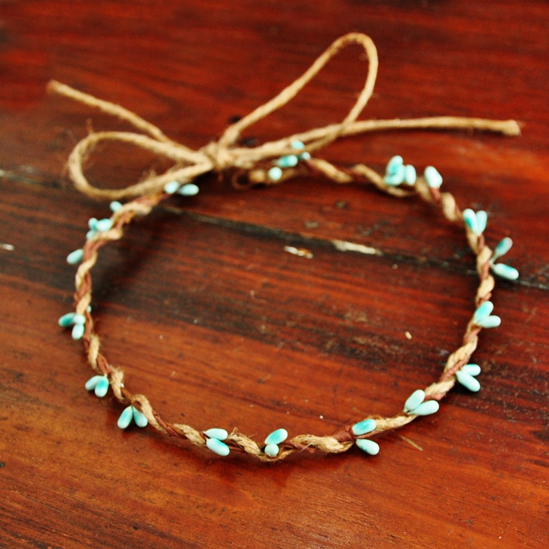 10 PCS Handmade Rustic Dainty Blue Pip Berries Twine Wreath Flower Crown  Festivals Feminine Whimsical Fresh Cute Christmas Gift - us733 3541555384d