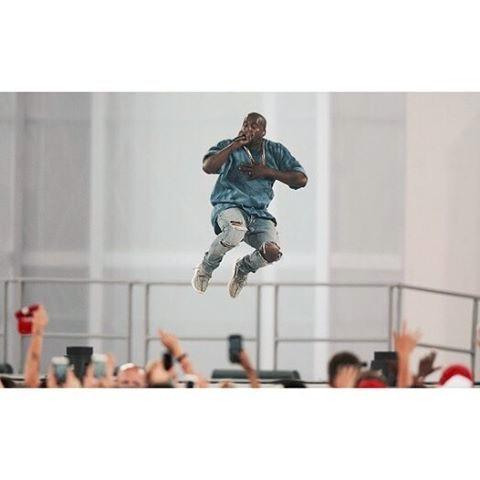 Скидки на Абсолютно Высокое Качество! комбинезон Дизайнер Красной Черты Рок-Звезда Джастин Бибер Kanye West Молнии Разорвал Отверстие Страх Божий Джинсы Мужчины
