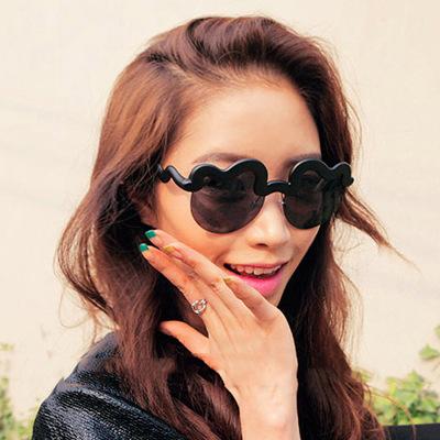 Конфеты - окрашенный борода стиль рама солнечные очки женщины бренд дизайнер