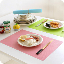 4 PCS/Lot Size:11.1*17.3inch Placemat Modern PVC Multicolor Rectangle Geometry Place Meal Mats & Pads Table Kitchen Dining & Bar(China (Mainland))