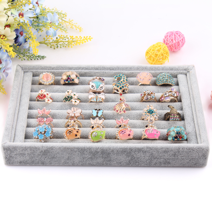 2014 Free Shipping,Wholesale New Gray color Jewelry Rings Display Show Case Organizer Tray Box()