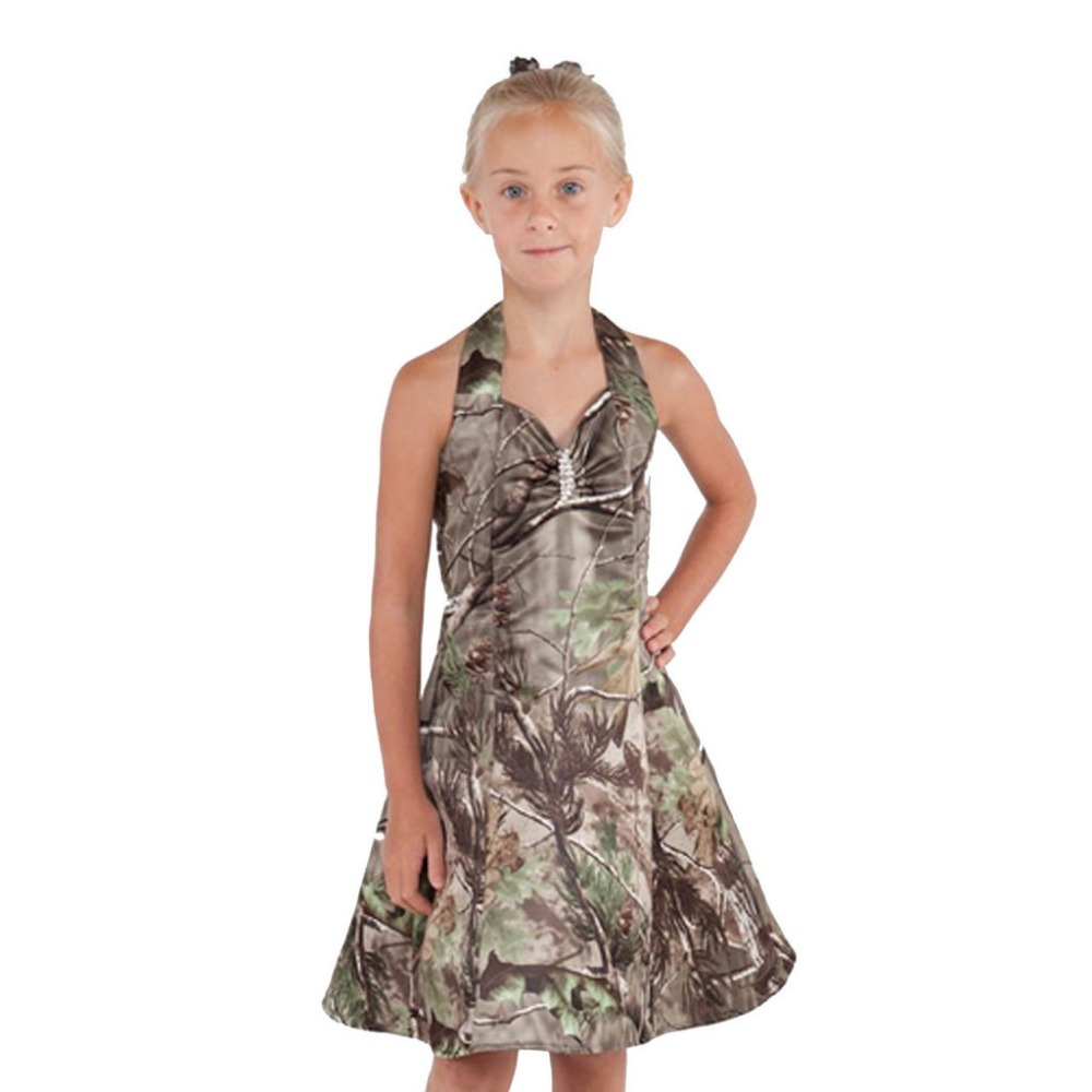 King's Camo kids hunting clothing combines quality materials and highly realistic camo patterns to deliver functional and affordable apparel for little every hunter. Shop King's Camo kids hunting clothing.