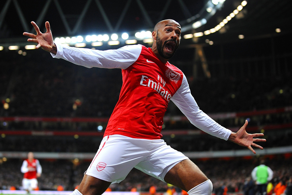 Soccer Arsenal Thierry Henry Football Poster Art Wall Pictures for Living Room in Canvas fabric cloth Print(China (Mainland))