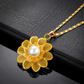 The new Ms jewelry 18K gold plated rose pendant Ms pearl pendant necklace wholesale free shipping