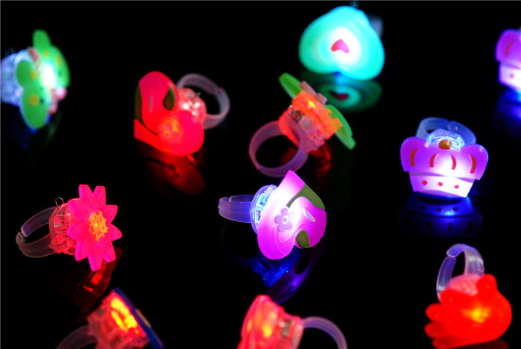 100pcs/lot Glowing decorative cartoon finger rings, LED Candy Flaring Flashing Ring Light for Birthday Kids/Events/Party Favors(China (Mainland))