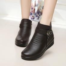 2016 otoño y el invierno de la moda botas de nieve anciana madre cálidas botas botas de mujer con gruesos zapatos planos cómodos zapatos viejos(China (Mainland))