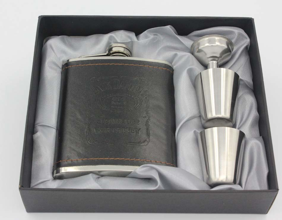 Hip Flask 7oz set Portable Stainless Steel Flagon Wine Bottle Gift Box Pocket Flask Leather pattern 4 sets(China (Mainland))