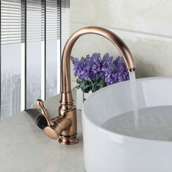 Traditional Antique Copper Finish Kitchen & Bathroom Faucet Single Handle Deck Mounted Rotatable Brass Faucets,Mixers & Taps(China (Mainland))