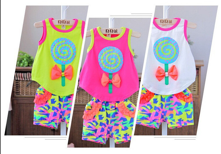 Sales promotion baby set girl sets love print T-shirt/vest+ shorts/pant summer clothing baby girl 0---3years sports suit set(China (Mainland))