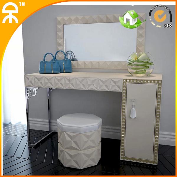 1 Dresser Table Mirror Stool Lot New Desgin White