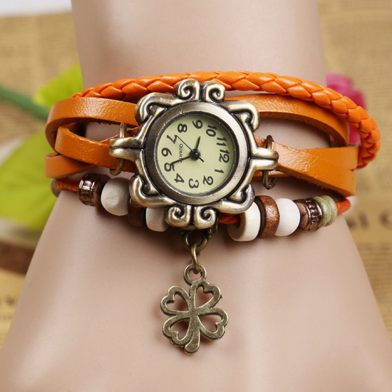 2014 New Fashion Genuine Leather Vintage Watches Four Leaf Clover Design Pendant Women Clock Lady Bracelet Jewelry Wristwatches(China (Mainland))