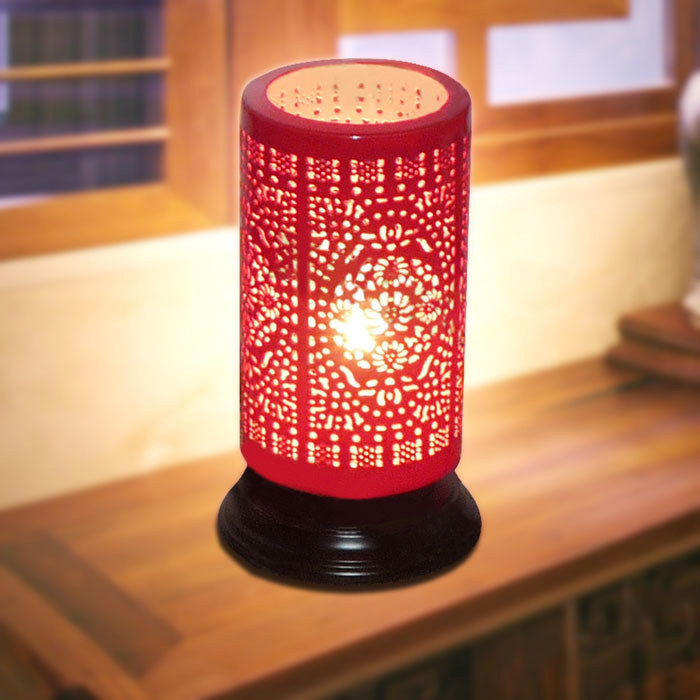 China Jingdezhen ceramic lamp festive red Chinese-style living room lamp bedroom lamp bedside lamp lighting special study(China (Mainland))