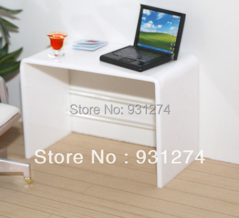 Acrylic Laptop Desk/Perspex,Plexiglass,Lucite Laptop Table/Coffee Side Table/Acrylic Furniture<br><br>Aliexpress