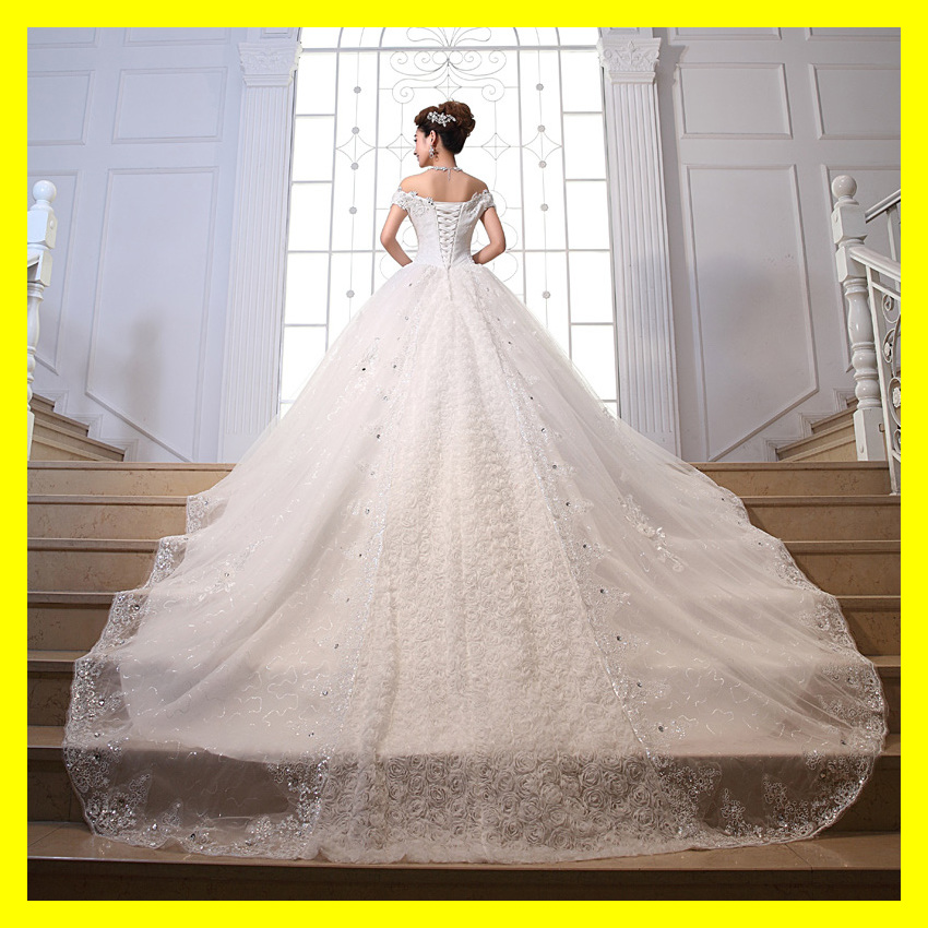 New Arrival Big Tail Winter Wedding Dress Beaded Sequined Appliques Boat Neckline Royal Train Bridal Dress Bride Gown 2015 Free(China (Mainland))