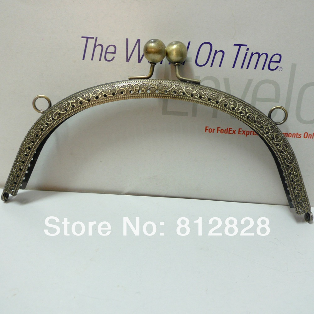 5pcs 19.5cm Antique Bronze Metal Clutch Frame with Clip Clasp and Sewing Holes(China (Mainland))