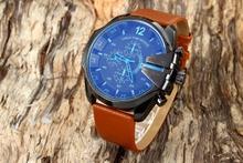 Caliente! 2015 hombres de DZ4305 pequeño papá serie Display analógico calendario del análogo de cuarzo del reloj de brown