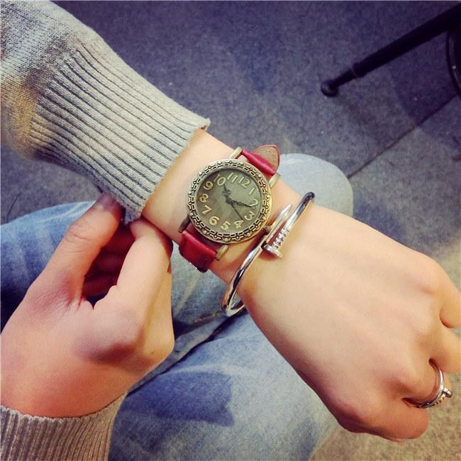 2016 Woman Retro Watch Leather Band Luxury Design Girl Casual Quartz Wristwatch Female School Student Clock Fashion Hour(China (Mainland))