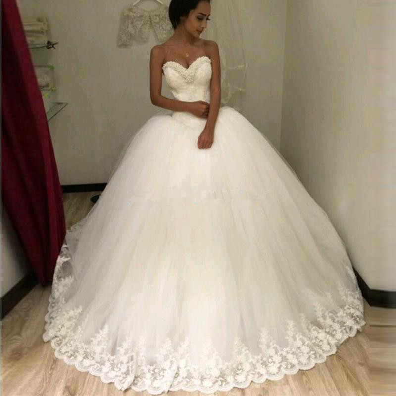 Newest puffy ball gown lace wedding dresses sweetheart for Very puffy wedding dresses