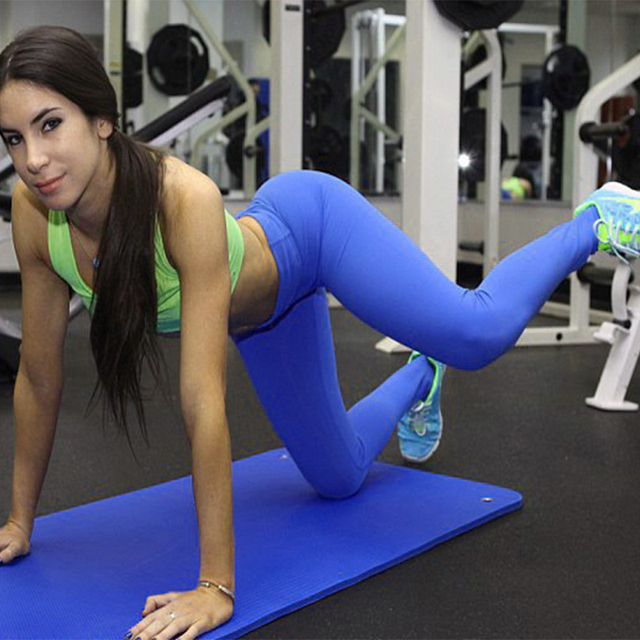 women working out in yoga pants - Pi Pants