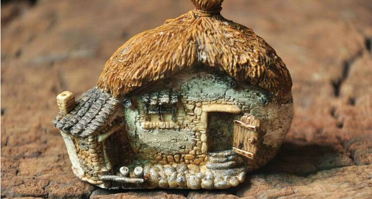 Free Shipping Newest Countryside Style House Resin Craft for Garden Decoration,Mini Resin Home Decor Arts and Crafts for Kid(China (Mainland))